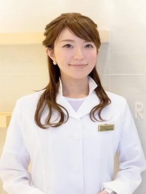 麗ビューティー皮フ科クリニック 総院長 居原田 麗先生