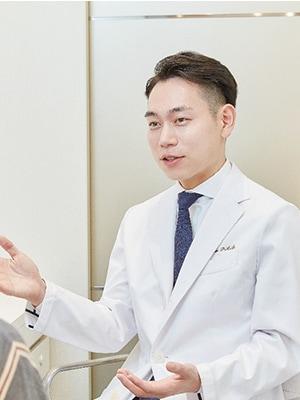 OZI SKIN CLINIC 王子富登医師